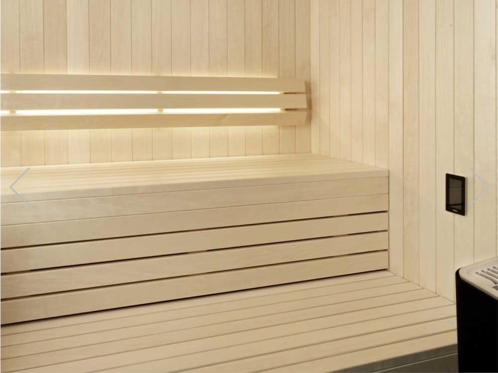 サウナ木材